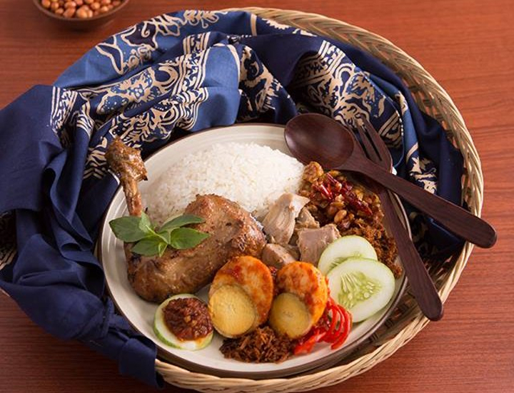 What to Eat When You Visit Jakarta for The First Time